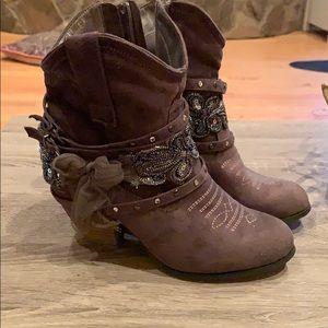 Women's western style booties